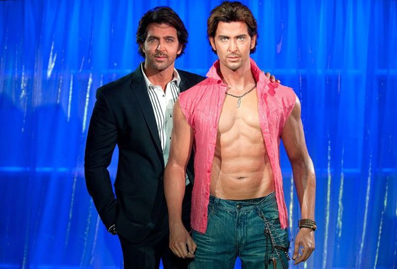 Hrithik Roshan Height, Age, Wife, Girlfriend, Family