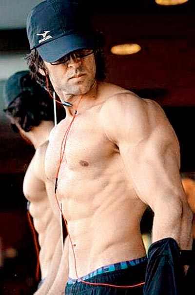 Hrithik Roshan Height  Weight  Age  Wife  Affairs  Measurements  amp  Much    Hrithik Roshan Body 2013