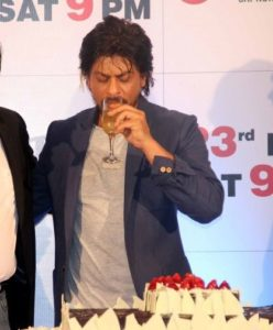 Shah Rukh Khan Drinking Alcohol Photo