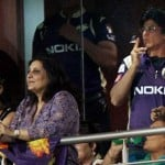Shahrukh Khan smoking publicly during IPL match