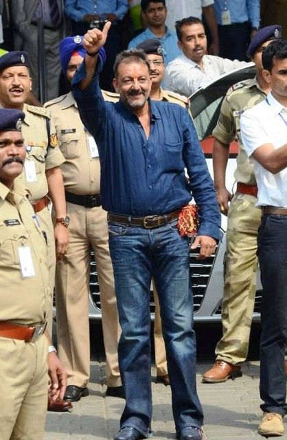 Sanjay Dutt Height, Age, Wife, Family, Biography & More ...