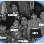 Bobby Deol With His Parents And Siblings- Vijeeta, Ajeeta, Sunny