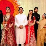 Kunal Kapoor with the Bachchans