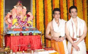 Tusshar Kapoor believes in Hinduism