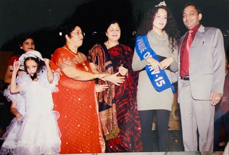 Kangana Ranaut crowned as Pride of DAV in 2006
