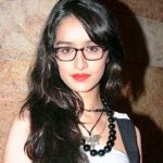 Shraddha Kapoor spectacles