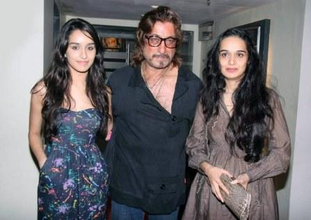 Shraddha Kapoor With Her Father Shakti