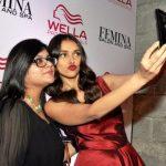 Aditi Rao Hydari selfie queen