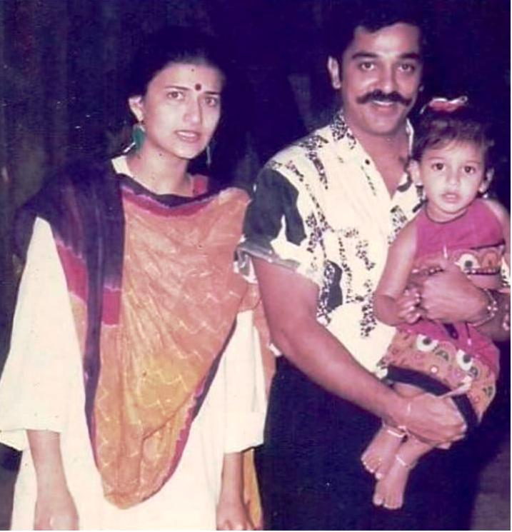 An Old Picture of Shruti Haasan With Her Parents