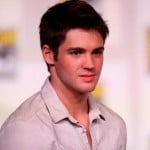 Steven R. McQueen Height, Weight, Age, Girlfriends & More