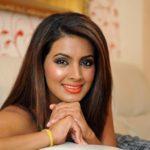 Geeta Basra Height, Weight, Age, Affairs & More
