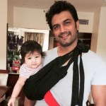 Sharad Kelkar with his daughter