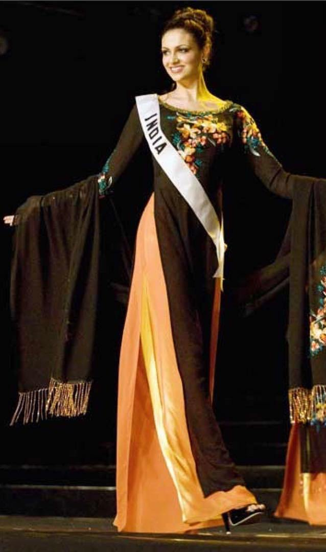 Simran Kaur Mundi in Miss India Universe 2008 pageant