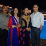 Divyanka Tripathi with her family
