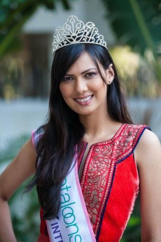 Rochelle Rao was the first runner up of Pantaloons Femina Miss India South