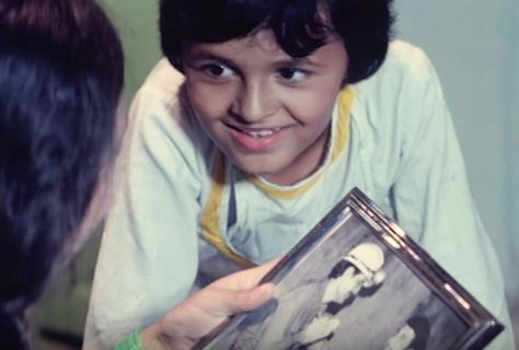 Sonu Nigam as a child actor in Taqdeer
