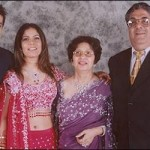Aftab Shivdasani with his family