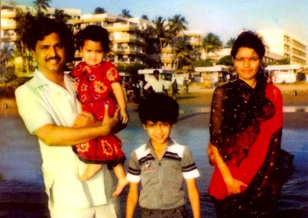 Rahul Mahajan (Childhood) with his parents and sister Poonam Mahajan