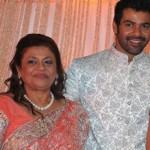 Shabir Ahluwalia with his mother