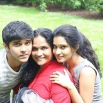 Vikram's wife, son and daughter
