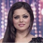 Drashti Dhami Height, Weight, Age, Husband, Affairs & More
