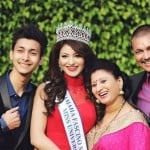 Urvashi Rautela with her parents and brother