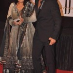 Shekhar Ravjiani with his wife Chhaya