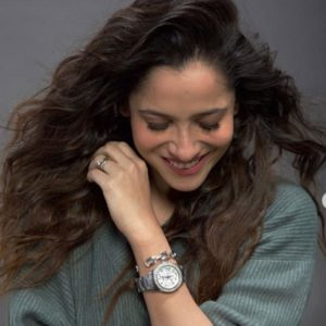 Ankita Lokhande flaunting her diamond ring