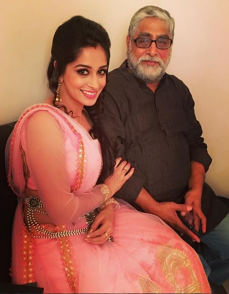 Dipika Kakar (Bigg Boss 12 Winner) Age, Husband, Family ...