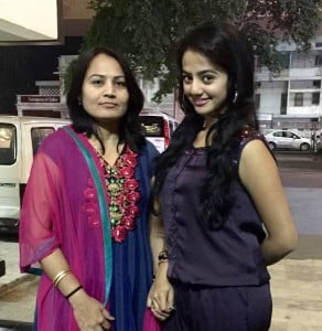 Helly Shah with her mother