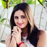 Rashami Desai Age, Boyfriend, Husband, Family, Biography & More