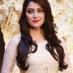 Ayeza Khan Height, Weight, Age, Affairs, Husband & More