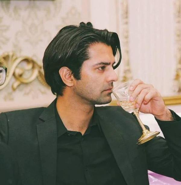 Barun Sobti drinking alcohol