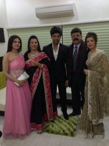 Kushal Tandon with his family