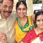 Sakshi Tanwar with her parents