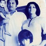 Farah Khan with her family (Childhood Photo)