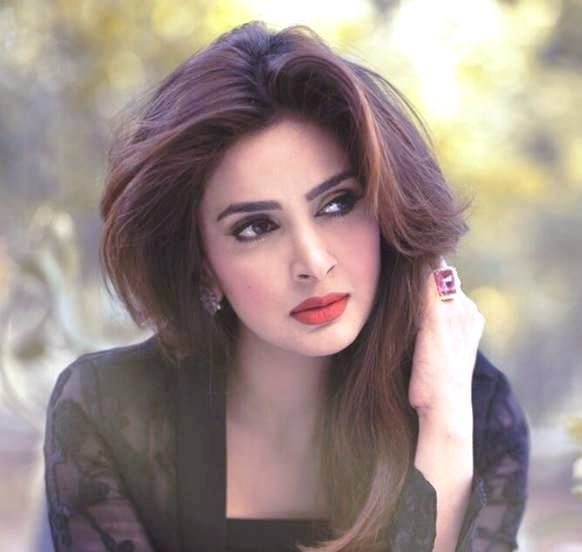 Saba Qamar Height Weight Age Boyfriend Family
