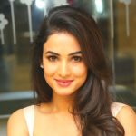 Sonal Chauhan Height, Weight, Age, Biography, Affairs & More