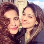 Aisha Sharma with her sister Reetika Sharma