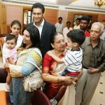 Anil Kumble with his family