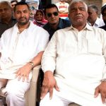 Mahavir Singh Phogat with Aamir Khan