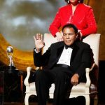 Muhammad Ali with his 4th wife Yolonda Williams