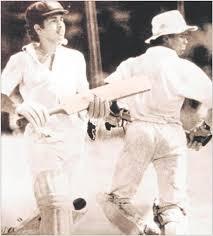 Vinod Kambli and Sachin Tendulkar while taking a run in 664 run partnership