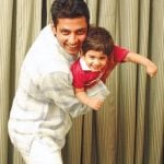 Ajay Jadeja with Son Aiman shown to user
