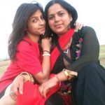 Alisha Behura with her mother