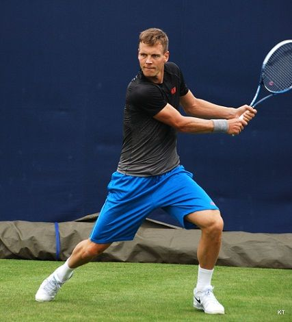 Berdych two handed backhand
