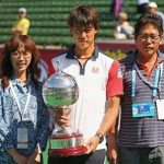 Kei Nishikori with parent