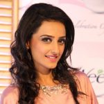 Momal Sheikh Height, Weight, Age, Biography, Husband & More