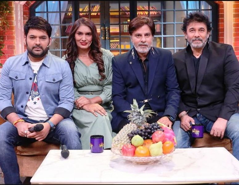 Rahul Roy with Anu Aggarwal, Deepak Tijori, and Kapil Sharma