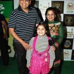 Saloni Daini with her parents